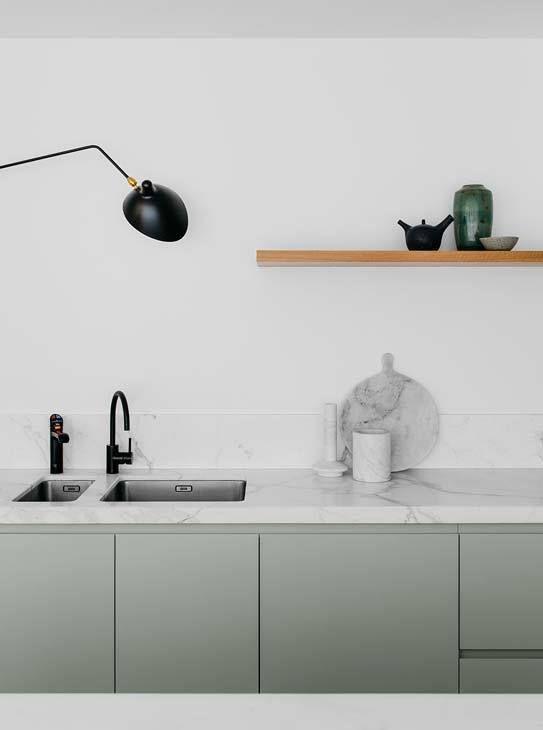 Une cuisine vert amande : une couleur tendance de l'année 2019  #déco #cuisine #vert #couleur #tendance #2019