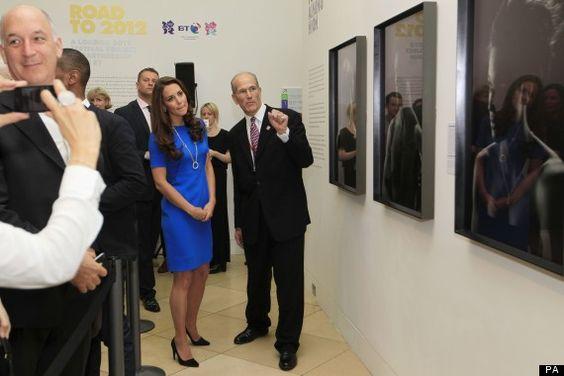 Kate Middleton - die Herzogin von Cambridge zu Besuch in der National Portrait Galerie.