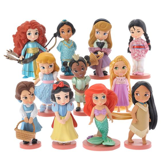 [Disney Store]Disney Princess Animator Collection figure set: If you want to buy presents and gifts online, we recommend the Disney Store.
