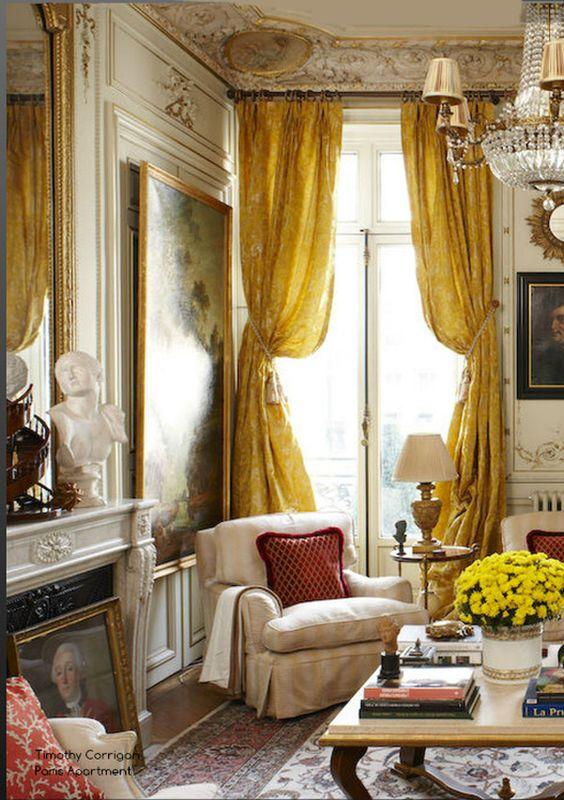 23 Simple And Beautiful Apartment Decorating Ideas: Paris Apartment Near Place Vendome