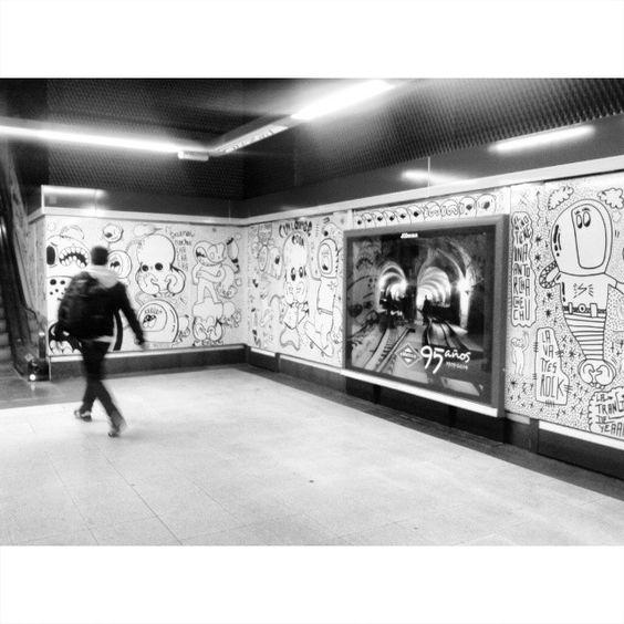 linezero   En #Moncloa no hay salida. En la que no te cruces con #LaBandadelRotu, al menos. #LineaZero #arteurbano #metromadrid #arteurbanoenelmetro #streetart