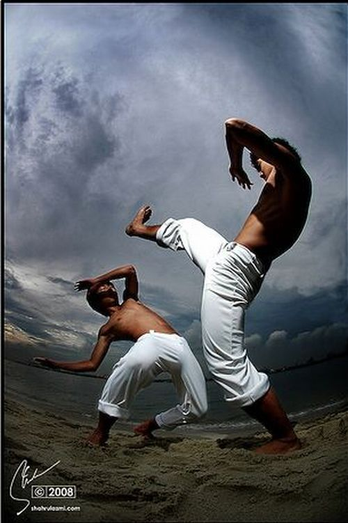an overview of the exciting martial arts in brazil capoeira Capoeira middle class disciple capoeira team leader aisha silvio eliot jun sanada the brazilian dance fighting martial art known as capoeira it's one of the most unpredictable and fascinating martial arts in the world.