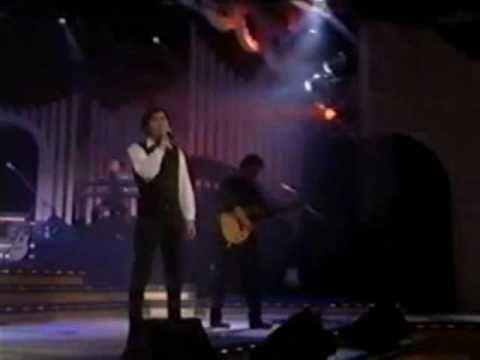 Los 10 mejores temas de Joaquín Sabina   http://www.youtube.com/watch?v=Kvhrha4vVeU
