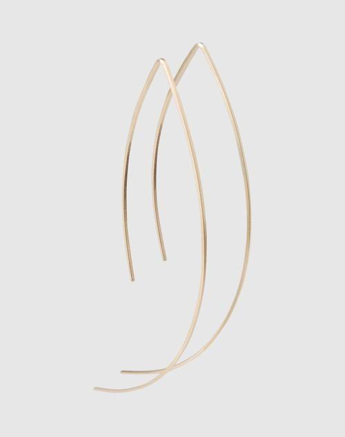 Filigrane Ohrstecker aus goldenem Draht