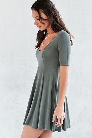 """Silence + Noise – T-Shirt-Swingkleid """"Beverly"""" aus Cupro in Grün"""