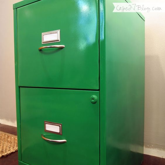 30 innovative spray painted file cabinets for Spray painting cabinets