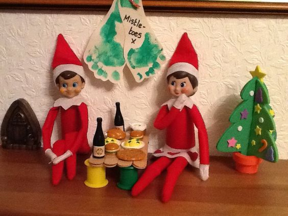 Elf on the Shelf Ideas : Photo