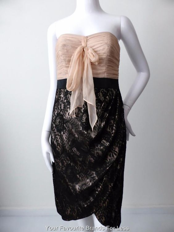 Monsoon Dress Size 10 OR US 6 Lace | eBay  Lace dresses never go out of fashion and always look so feminine. This one from Monsoon Originals is one of a small number of pieces from their limited edition collection. Only a few of each style are ever produced to ensure it's exclusivity.