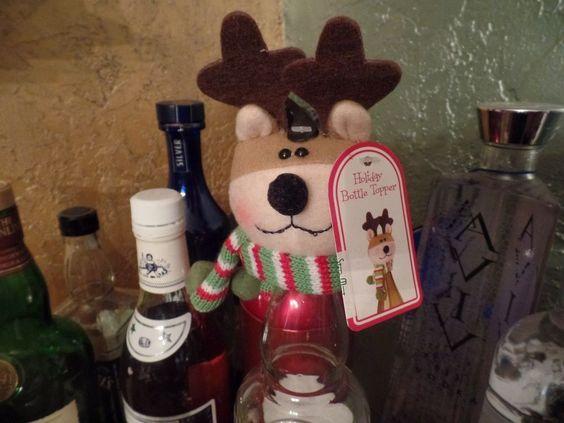 Holiday Christmas Reindeer Wine Bottle Topper Hugger Gift Stuffed Animal Bar NEW #Unknown