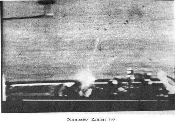 This Day in History: Nov 22, 1963: John F. Kennedy assassinated http://dingeengoete.blogspot.com/