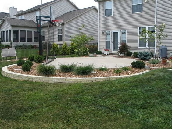 Backyard basketball court and landscaping idea good for How much to make a basketball court