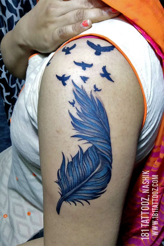 Colourful Feather With Flying Birds Depicting The Symbol Of Freedom Coloured Feather With Flying Birds Tattoo Femini Creative Tattoos Feather Tattoos Tattoos