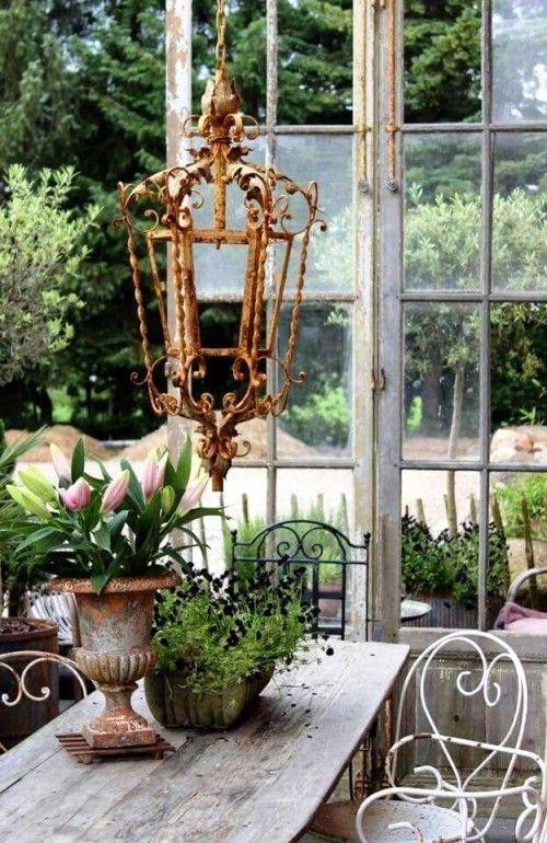 95 Rostige Gartendeko Ideen Fur Ein Bezauberndes Vintage Exterieur Wohnideen Und Dekoration Garten Deko Gartenskulptur Ideen