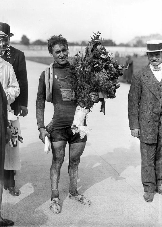 Tour de France 1913. 27-07-1913. 15^Tappa. Dunkerque - Parigi. Parc des Princes. Philippe Thys (1889-1971)