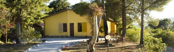 Contatti - Villa Pinola appartamenti in affitto all' Isola d'Elba. Monolocale, bilocale, loft e trilocale all' Elba per la vostra vacanza