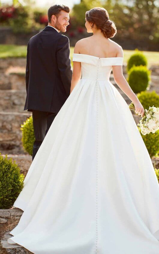 Simple Ballgown Wedding Dress With Off The Shoulder Sleeves Ball Gown Wedding Dress