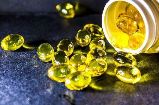ثلاثة فيتامينات يمكنها أن تبعد عنك وعن طفلك فيروس كورونا قناة المنار أدى ظهور فيروس كورونا في دول أسيا لتحرك واس Fish Oil Benefits Fish Oil Omega 3 Fish Oil