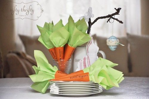 Amazing carrot napkin holders from Nifty Thrifty Things. #Easter #carrot