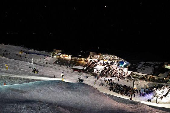 Coronet Peak - Ski under the twinkling stars at Coronet Peak