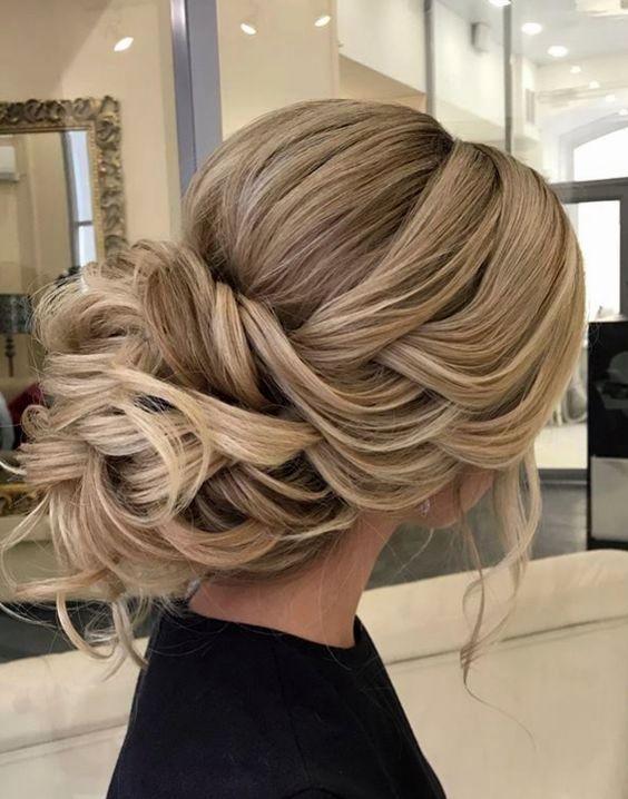 Brautjungfernhaar Fur Tragerloses Kleid Long Hair Styles Hair Styles Bridesmaid Hair Up