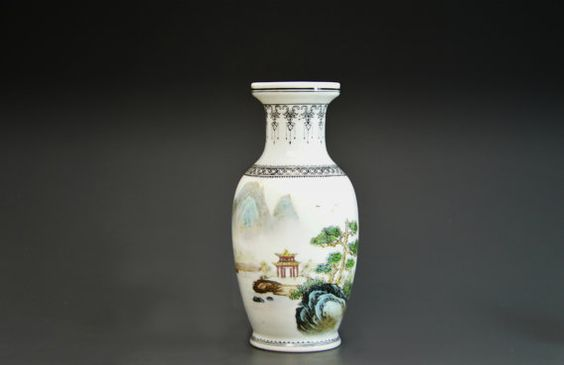 Antique Porcelain Famille Rose Vase China  by #MinistryOfArtifacts  #RepublicPeriod #vase #PorcelainVase #FamilleRose #famille #rose #chinese #ChineseVase