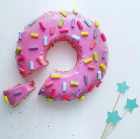 Torta Homer donut cake  - #Fabulousity #ricetta #torta #donut #ciambella