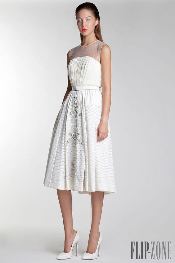 Basil Soda - Prêt-à-porter - Primavera-Verão 2014 - http://pt.flip-zone.com/fashion/ready-to-wear/fashion-houses-42/basil-soda-4242