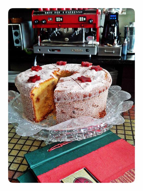E porque hoje é sabado, tem bolos mega especiais para você saborear no lanche da tarde!!!