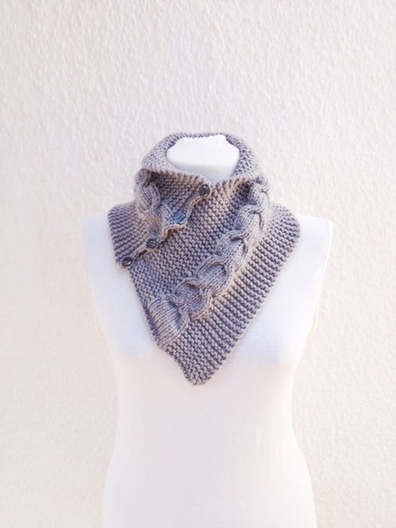 SCARF Grey neckwarmers with button, Chunky Scarf , scarves, fall fashion, winter accessories, autumn, Knitting