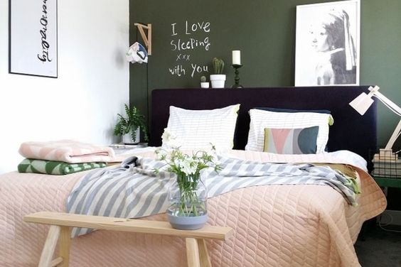 Muebles bellos, ropa de cama suave, colores que transmiten calma, y luminarias y accesorios elegidos cuidadosamente se conjugan en estos cuartos con un estilo personal