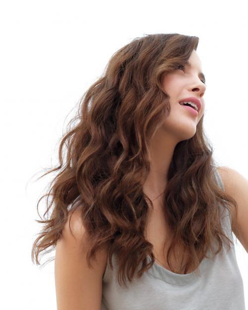 Get pretty corkscrew curls at home