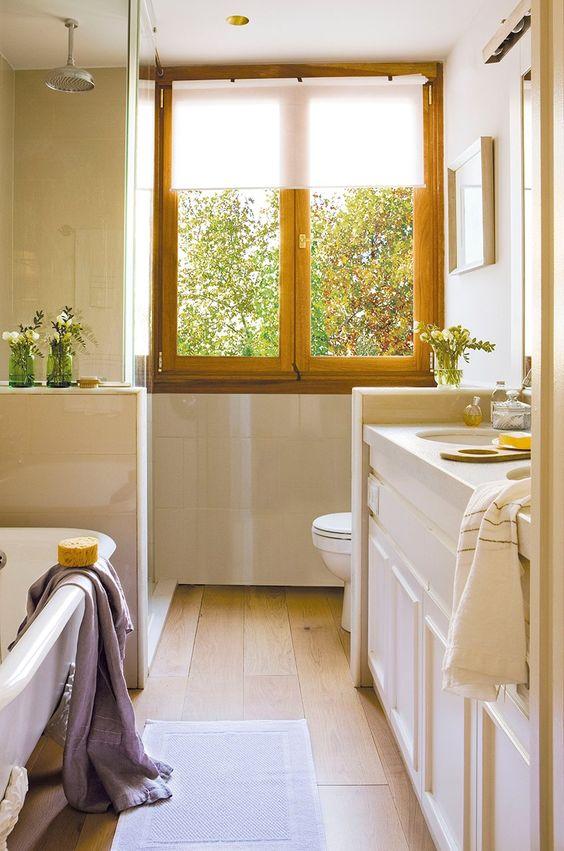 Ba os peque os muy confortables cocinas y for Cocinas y banos pequenos
