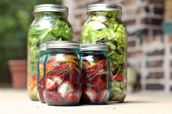 Food Prep | Tips, Tricks & Ideas...Dressing, bell pepper, garbanzos, mushrooms,  cucumbers and spinach..Squeeze Lemon on top.. Get Wide Mouth Jars