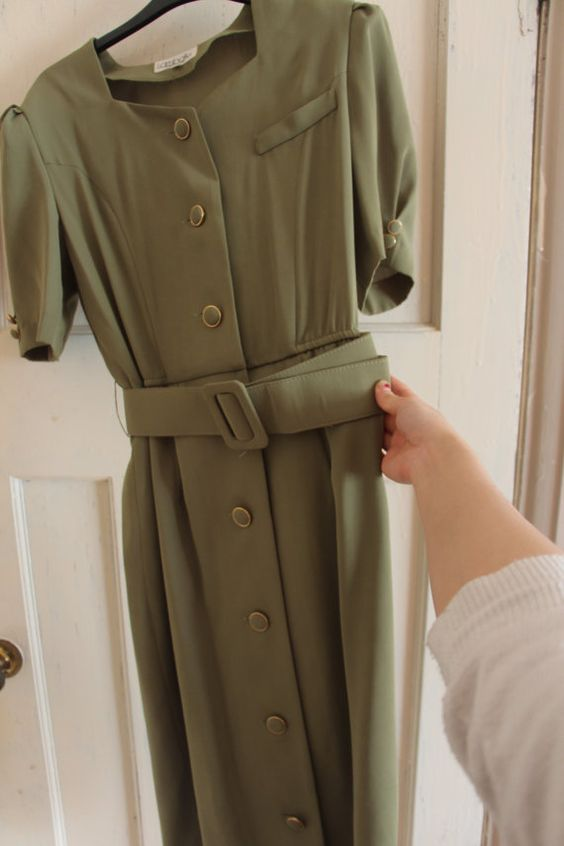 40s style WWI WWII 50s khaki green dark swing dress belt small medium vintage