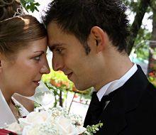 結婚式では何を着る? http://www.nekutai.com/jp/did3880/%E7%B5%90%E5%A9%9A%E5%BC%8F%E3%81%A7%E3%81%AF%E4%BD%95%E3%82%92%E7%9D%80%E3%82%8B.html