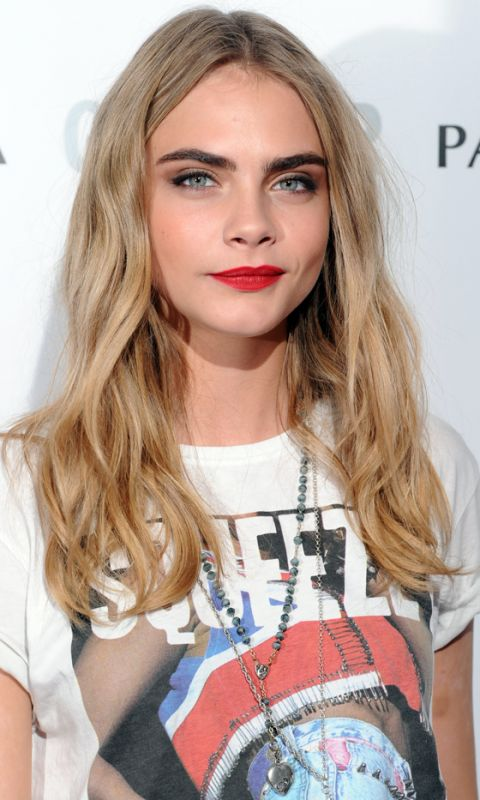 Dirty blonde of cara delevigne