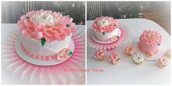 Flower - Cake by ShellysSweetThings