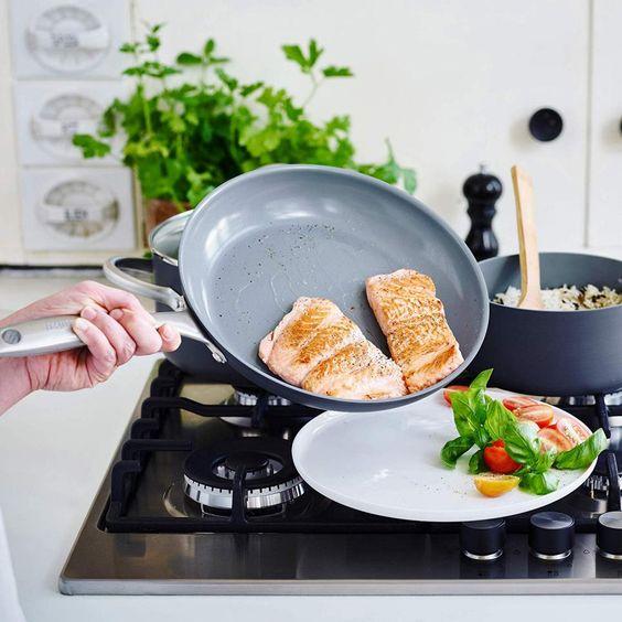 10 Kitchen Essentials for Millennials | HGTV