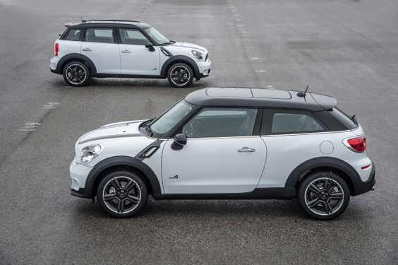 Mini Cooper Paceman (front) vs Countryman