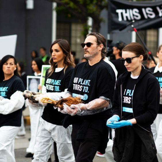 Joaquin Phoenix and Rooney Mara March for Animal Rights #veganlife #plantpowerz #vegan #govegan #ecofriendly #crueltyfree #ethical #superhealthy #health #longevity #healthier #healthylifestyle