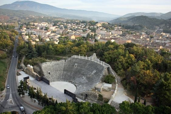L'amphithéatre de Vaison-la-Romaine.