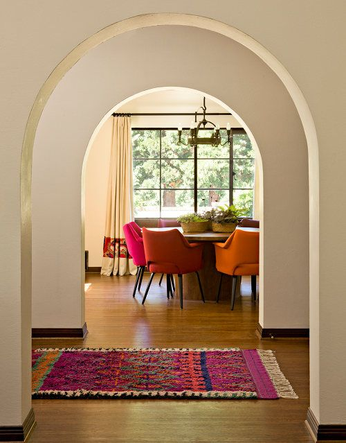 Jessica Helgerson ~  arches, great rug, great colors.