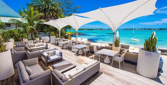 Geniesse wunderschöne Ferien auf Mauritius!  Verbringe 7 bis 14 Nächte im 5-Sterne Baystone Boutique Hotel & Spa. Im Preis ab 2'245.- sind die Vollpension, einen Kochkurs, eine Paar-Massage und der Flug inbegriffen.  Buche hier deinen Feriendeal: https://www.ich-brauche-ferien.ch/feriendeal-mauritius-mit-flug-und-hotel-fuer-2245/