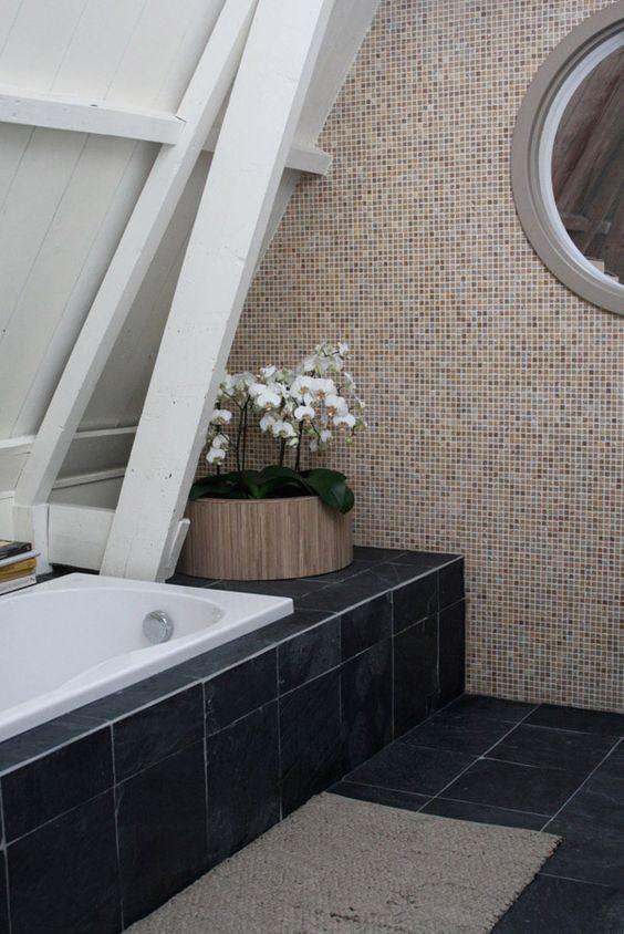 Natuurlijke badkamer, mozaïek tegels badkamer