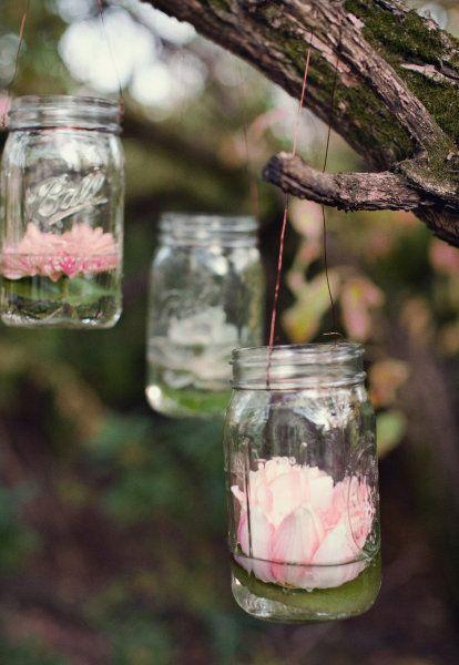 Waterlilies in hanging mason jars. So pretty!