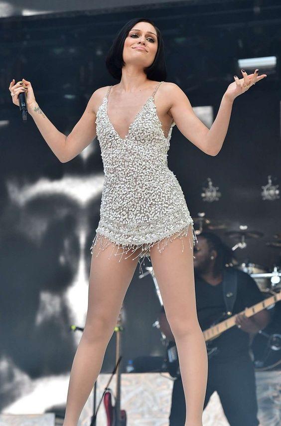 """Jessie J like """"Yes, I know I'm fabulous"""" ... Love her ... #JessieJ #singer #music"""