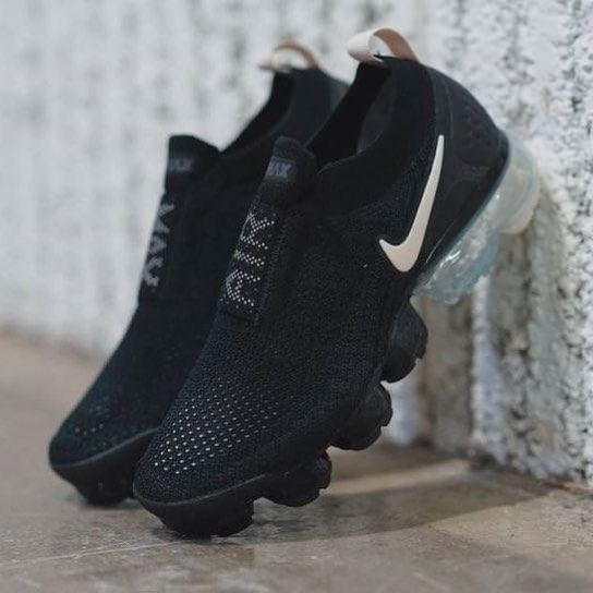 IDR 500,000 Nike Air Vapormax Moc Black White Size 39 40 41
