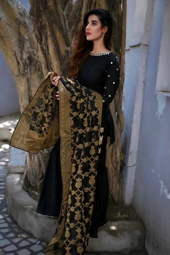 Hareem Farooq Wardrobe By Pakistani Designers | wearing Maria B - Showbiz and Fashion