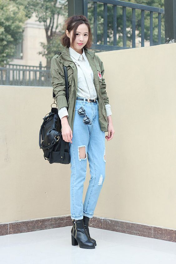 Fashionistas ripped jeans dress up | street snap | Pinterest