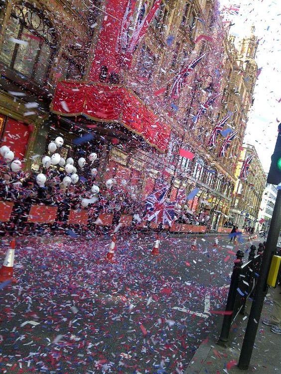 @Harrods #DiamondJubilee #Jubilee #Flags